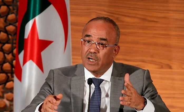 Cezayir'de Tansiyon Düşmüyor