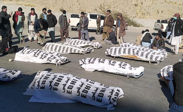 Tekfirciler 11 Hazaralıyı Katletti